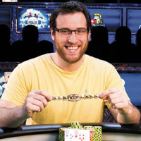 Alumnus goes all in on a poker career. It was a good bet.